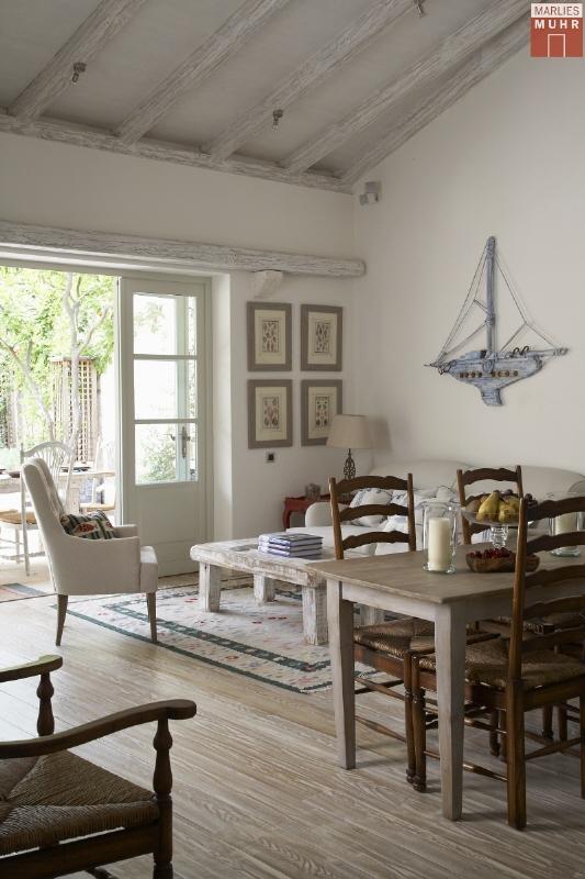KROATIEN-VIS: Geschmackvoll renoviertes Ferien-Domizil mit malerischem Garten unweit der Promenade /  / 21480Vis / Bild 3