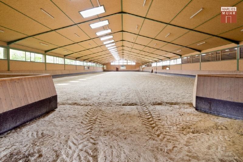REITGESTÜT: NUR 45 FAHRMINUTEN VON WIEN mit 26 Pferdeboxen, Reithalle /  / 2020Wien Umgebung / Bild 5