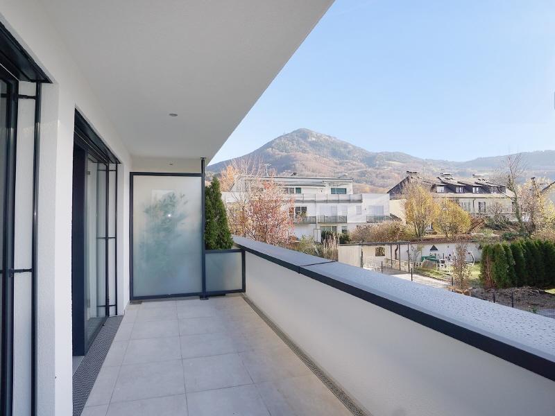 RUHELAGE PARSCH - ERSTBEZUG: Große 2-Zimmer-Wohnung mit Top Ausstattung und Sonnenbalkon!