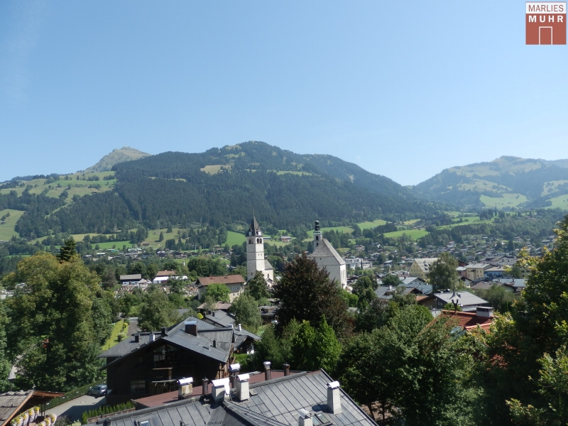 Kitzbühel: Penthouse mit Lift, Carports und  Einliegerwohnung in bester Stadtlage
