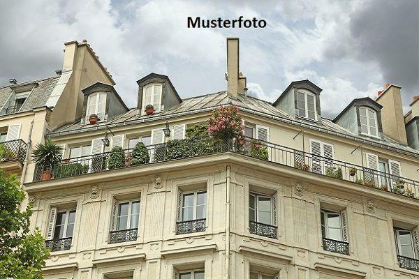 Wohnhaus mit Pferdestall /  / 2533Klausen-Leopoldsdorf / Bild 0